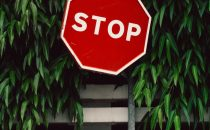 A stop sign that represents identifying when to say no and set healthy boundaries for yourself. Learn boundary setting in therapy in Katy, TX 77494